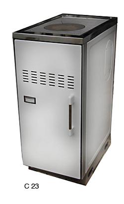 C 23 har en häll med värmezoner där du kan laga mat.